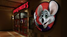 Chuck E. Cheese and GNC bankruptcies highlight America's economic 'washout' from COVID-19