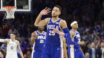Simmons silences Dudley with monster game