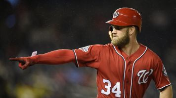 With free agency looming, Harper shows Nats love