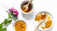 Imperfections : 3 recettes naturelles au miel contre les boutons