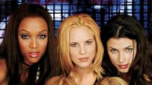 An Ode To Coyote Ugly, The Ultimate '00s Fashion Movie
