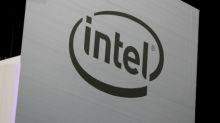 Acciones de Intel caen luego de perspectivas para tres años inferiores a las de rivales