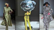 Model lief mit gruseligem Rattenkopf bei Haute Couture Modenschau