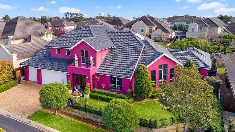 'Unusual': Pink Versace house turns Aussies' heads