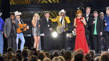 Randy Travis Steals Star-Studded CMA Awards Opening Medley With a Single Word