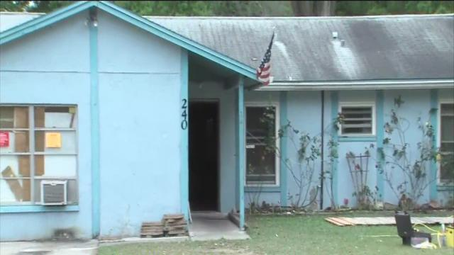 Sinkhole swallows man in Seffner home