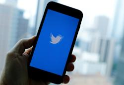 Twitter reopens public verifications following August pause