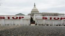 """La Casa Blanca afirma que daño económico de cierre es """"algo peor"""" al esperado"""