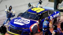 NASCAR at Darlington live updates: Chase Elliott leads with 40 laps to go