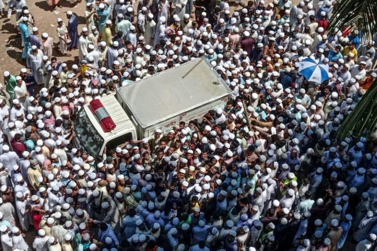 Tens of thousands attend Bangladesh Islamist leader's funeral
