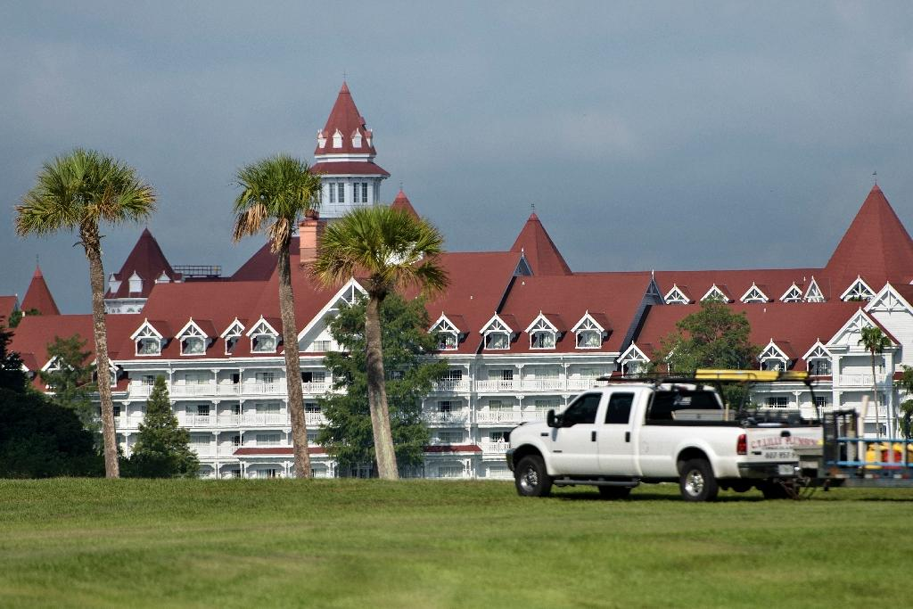 A view of the Grand Floridian hotel on June 15, 2016 in Orlando, Florida where a two-year-old boy was attacked by an alligator at the Seven Seas Lagoon near the hotel (AFP Photo/Brendan Smialowski)