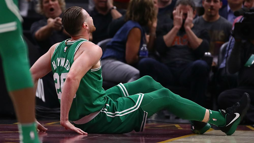 NBA players offer support for Gordon Hayward after horrific ankle injury