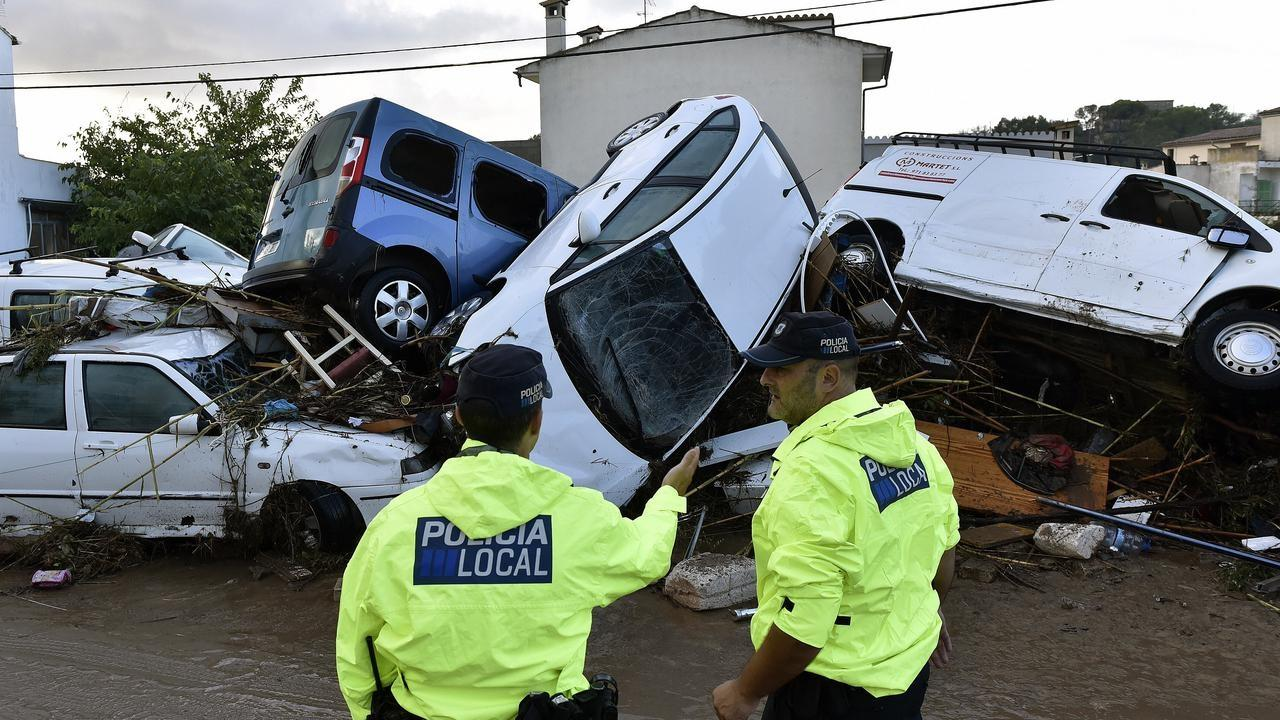 banks that finance mobile homes with Flash Floods Kill Nine Spains Mallorca 154233513 Spt on 3708516707 also SWOT Analysis Of Google Checkout fig2 240427410 in addition 95552150 furthermore 8703781498 in addition Online Savings Accounts Pay Better Interest.