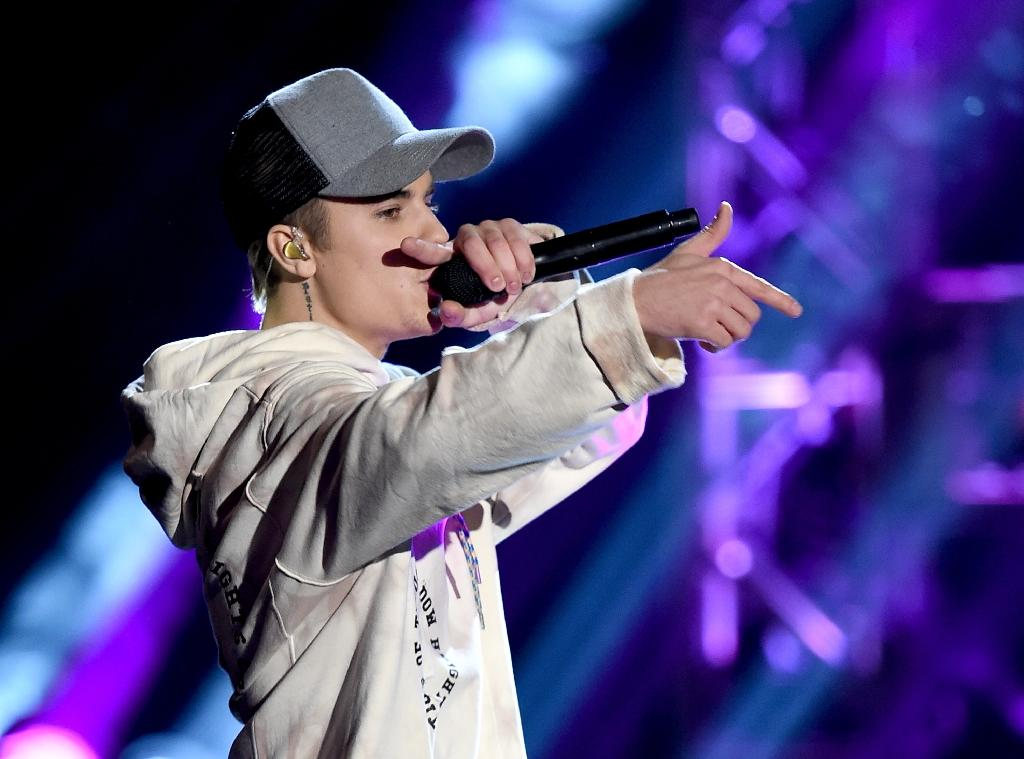 Would it be weird for a college student to write a research paper about justin bieber?