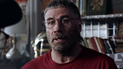 The Fanatic: Travolta like you've never seen him before