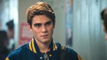 Comic-Con: 'Riverdale' Season 2 Trailer Debuts, Explores Darker Side of Archie And The Gang