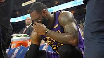 Lakers reportedly 'concerned about LeBron'
