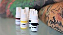 Die Firma Edding eröffnet Tattoostudio – das kommt nicht bei allen gut an