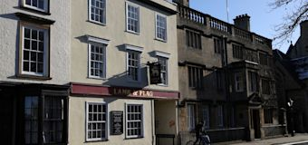 Pub frequented by literary greats shuts after 450 years