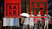 ¿Y si en vez de comprar ropa, la alquilas? Un negocio emergente promete revolucionar la moda
