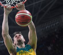 Bogut joins NBA Lakers on one-year deal