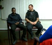 Illinois police officer helps teenager land a job