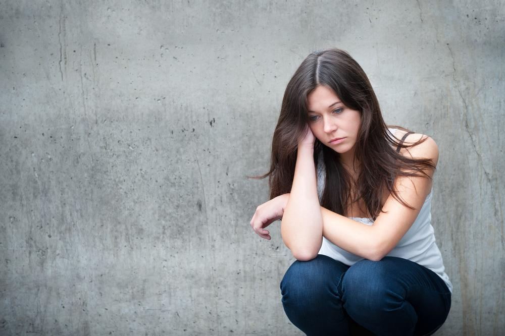 Big depressed bleeding girl lrgs