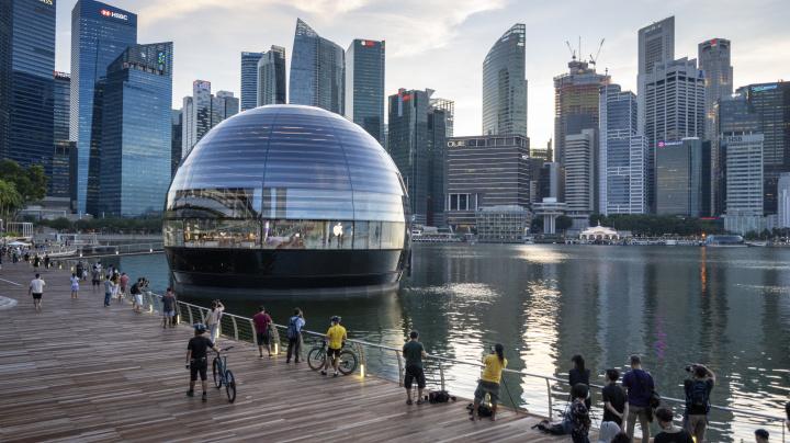 COMMENT: Singapore wants cold war's casualties, not cash