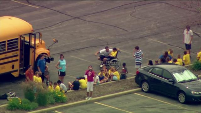 RAW: Buses carrying kids collide in Des Plaines