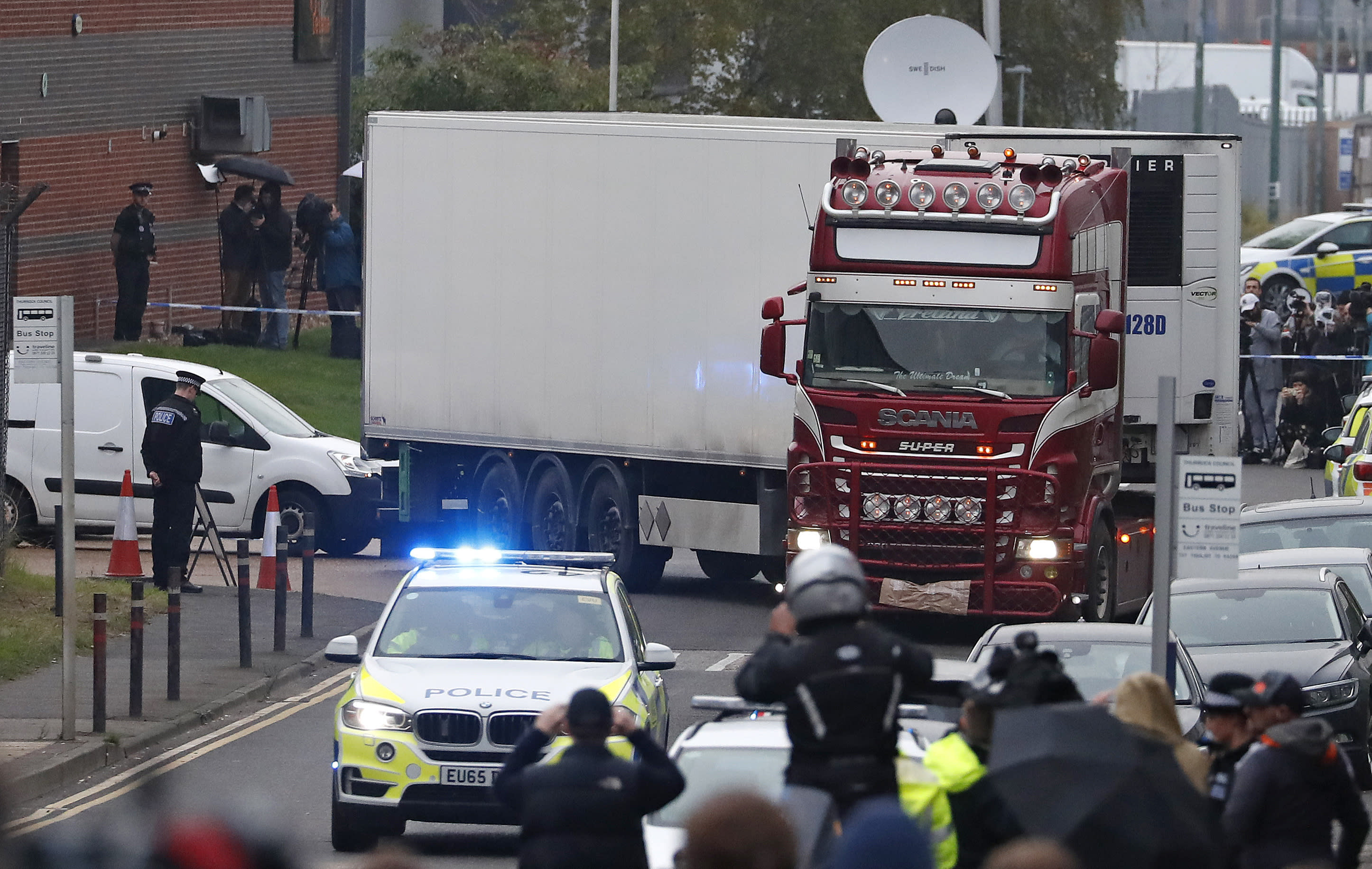 Lorry driver accused of 39 migrant deaths admit illegal immigration plot
