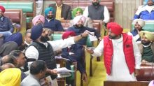 Sidhu Loses His Cool After Akali Dal MLAs Wave Photos of His Pakistan Visit in Punjab Assembly