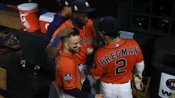 Astros players fine letting others take the fall