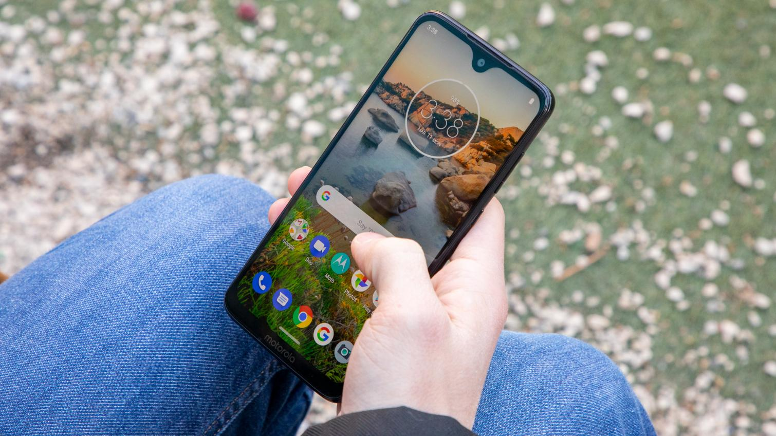 Best Cheap Phones 2019: Top Android Picks Under $300