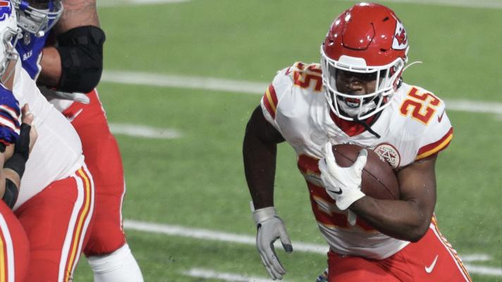 Chiefs' Clyde Edwards-Helaire runs all over the Bills