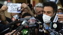 """Le médecin de Maradona, visé par une enquête, évoque un patient """"ingérable"""""""