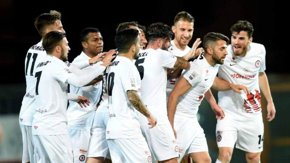 Il Foggia torna in Serie B: una lunga corsa ad ostacoli e l'inizio di un sogno