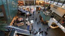 La confiance du consommateur s'améliore un peu