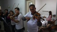 The soothing power of music in an Argentine hospital