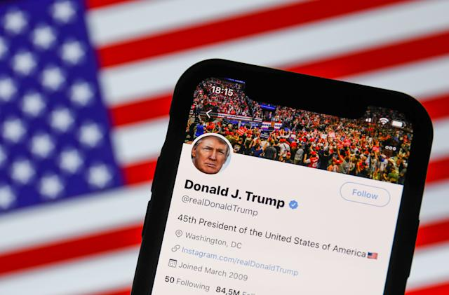 White House calls on Supreme Court to rule on Trump's Twitter blocking