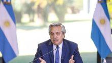 Alberto Fernández reconoció que estudian terminar con el cupo de US$200