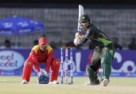 Zimbabwe keeper Mutumbami recalled for visit of Pakistan