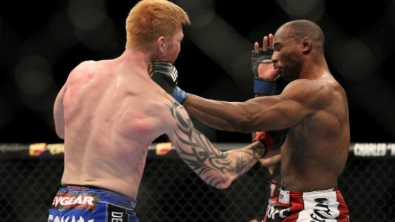 UFC 143 highlights: Herman vs. Starks