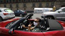 Las protestas contra AMLO que rayan en lo ridículo por lo que mostraron al mundo (y no son sus autos de lujo)