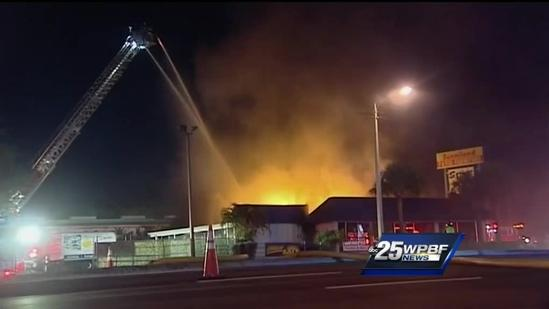 Thieves plifer what's left of furniture store that caught fire