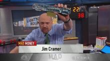 Cramer's lightning round: Stick with Splunk for an invest...