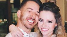 Fãs de Sandy e Júnior relatam amor: ''Já gastei R$ 45 mil; 'tomei até injeção'