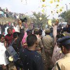 Indian police shoot dead 4 men suspected of brutal gang rape and murder