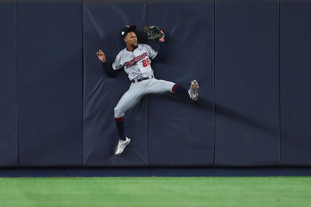 Minnesota Twins center fielder Byron Buxton won his first Gold Glove on Tuesday. (AP)