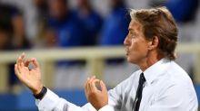 Técnico da Itália diz que escalou Acerbi no lugar de Chiellini por engano: 'Estava sem os óculos'
