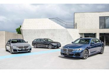 265萬起三動力選擇、導入48V 輕油電,小改款 BMW 5系列進駐展示間